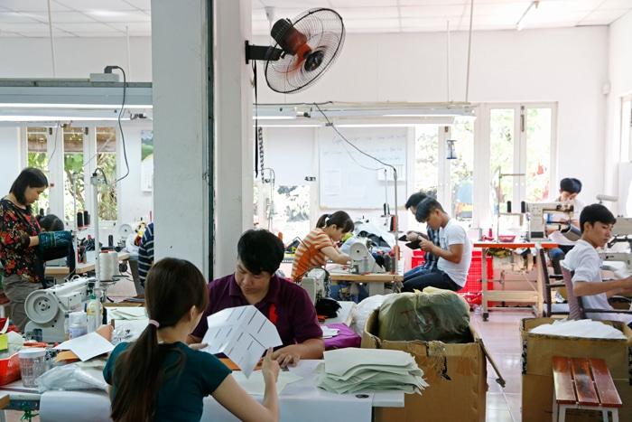 Vietnam Produktion Rucksack - Reiseblog Bravebird