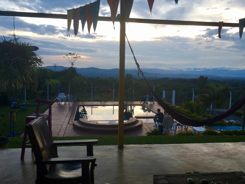 Unterkunft in der Kaffeeregion in Kolumbien - Rundreise Backpacking - Reiseblog Bravebird