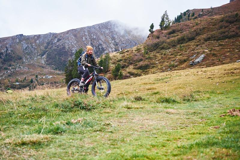Almdorf Seinerzeit Ausflug mit dem E-Fat-Bike - Sophie Kirchner - Reiseblog Bravebird