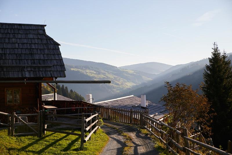 Almdorf Seinerzeit in Kärnten - Reiseblog Bravebird