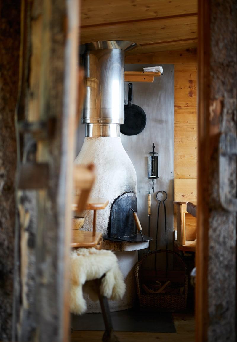 Almdorf Seinerzeit - Wohnzimmer - Reiseblog Bravebird