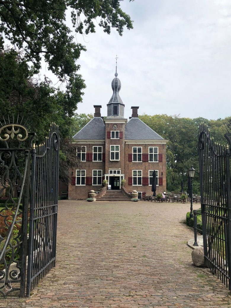 Schloss de Essenburgh Holland - Reiseblog Bravebird