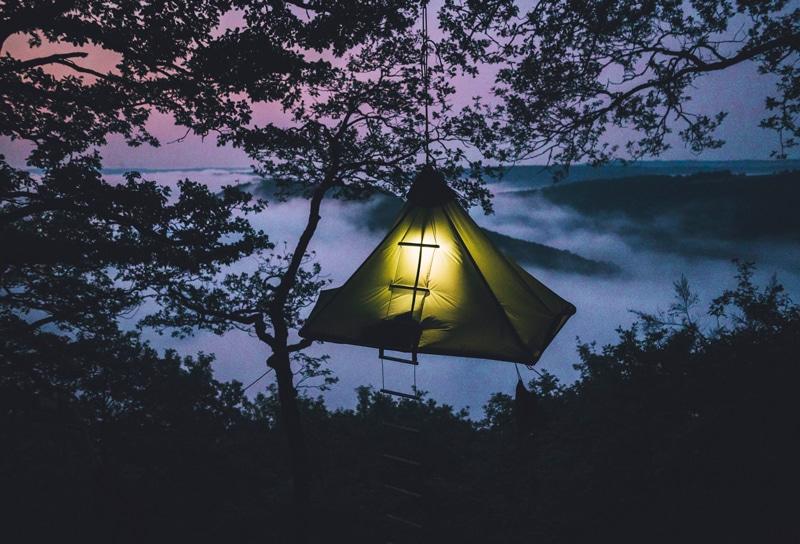Cloefhaenger Zelten über dem Boden - Katzensprung - Reiseblog Bravebird