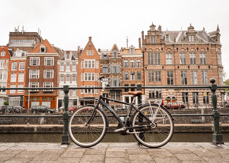 Fahrradfahren in Amsterdam - Reiseblog Bravebird