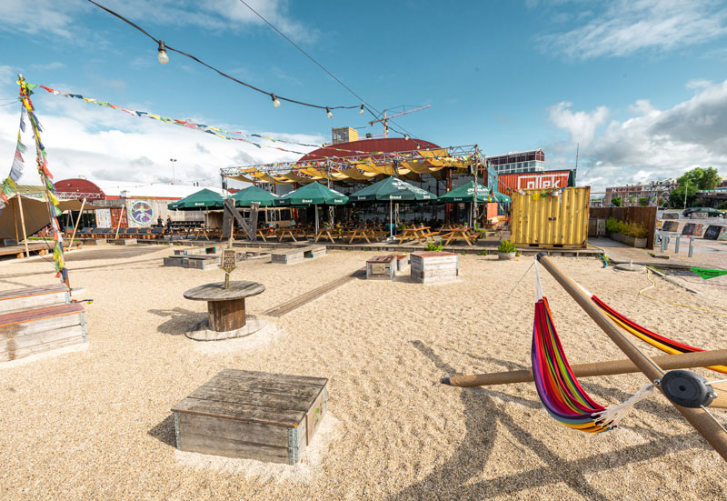 Strandbar Pllek Amsterdam - Reiseblog Bravebird
