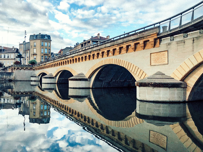 Brücke in Metz - Reiseblog Bravebird
