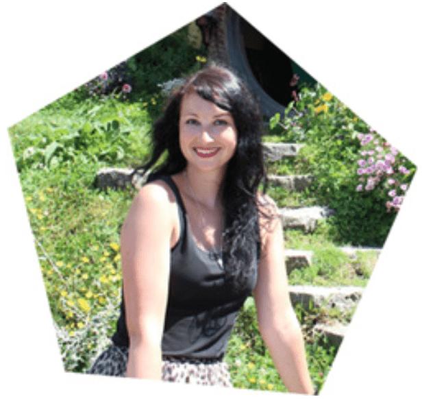 Susanne Maier Black Dots White Spots