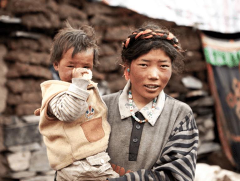 Mit dem Bus von Nepal nach Tibet