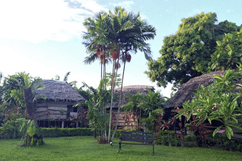 Samoa Hotel Fales